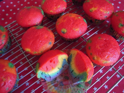 Rainbow Cupcakes 034